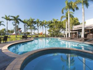 Oaks Oasis - Accommodation Sunshine Coast