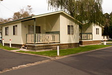 Pleasurelea Tourist Resort and Caravan Park - Accommodation Sunshine Coast