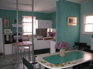 Lavender and Lace Cottage - Accommodation Sunshine Coast