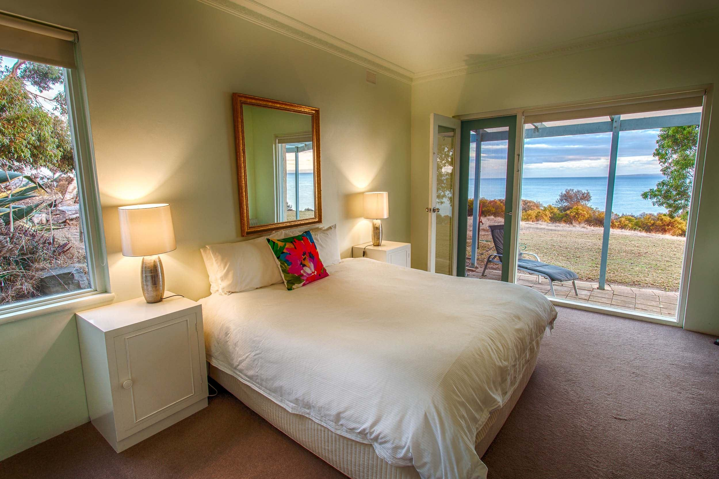 Antechamber Bay Retreats - Accommodation Sunshine Coast