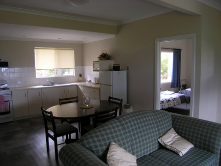 Lilacs Waterfront Villas and Cottages - Accommodation Sunshine Coast
