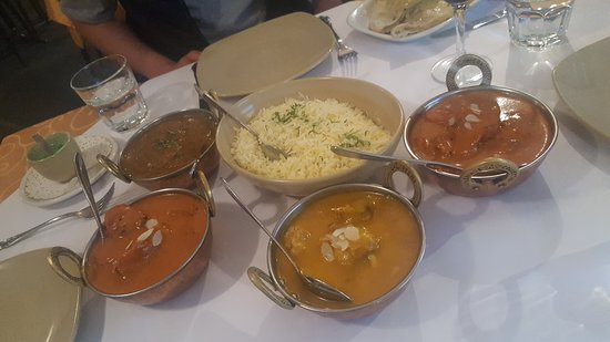 Tandoori  Curry Club - Accommodation Sunshine Coast