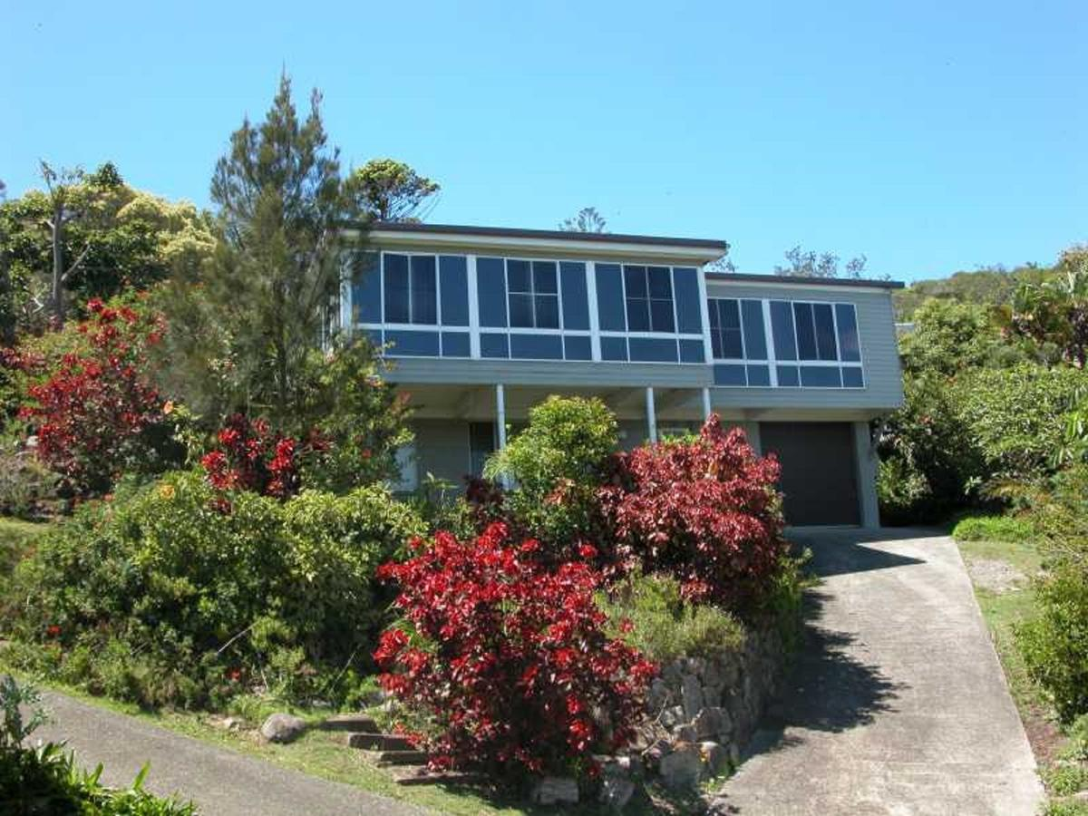 Bally High 20 Dulconghi Street - Accommodation Sunshine Coast
