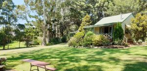Bendles Cottages - Accommodation Sunshine Coast